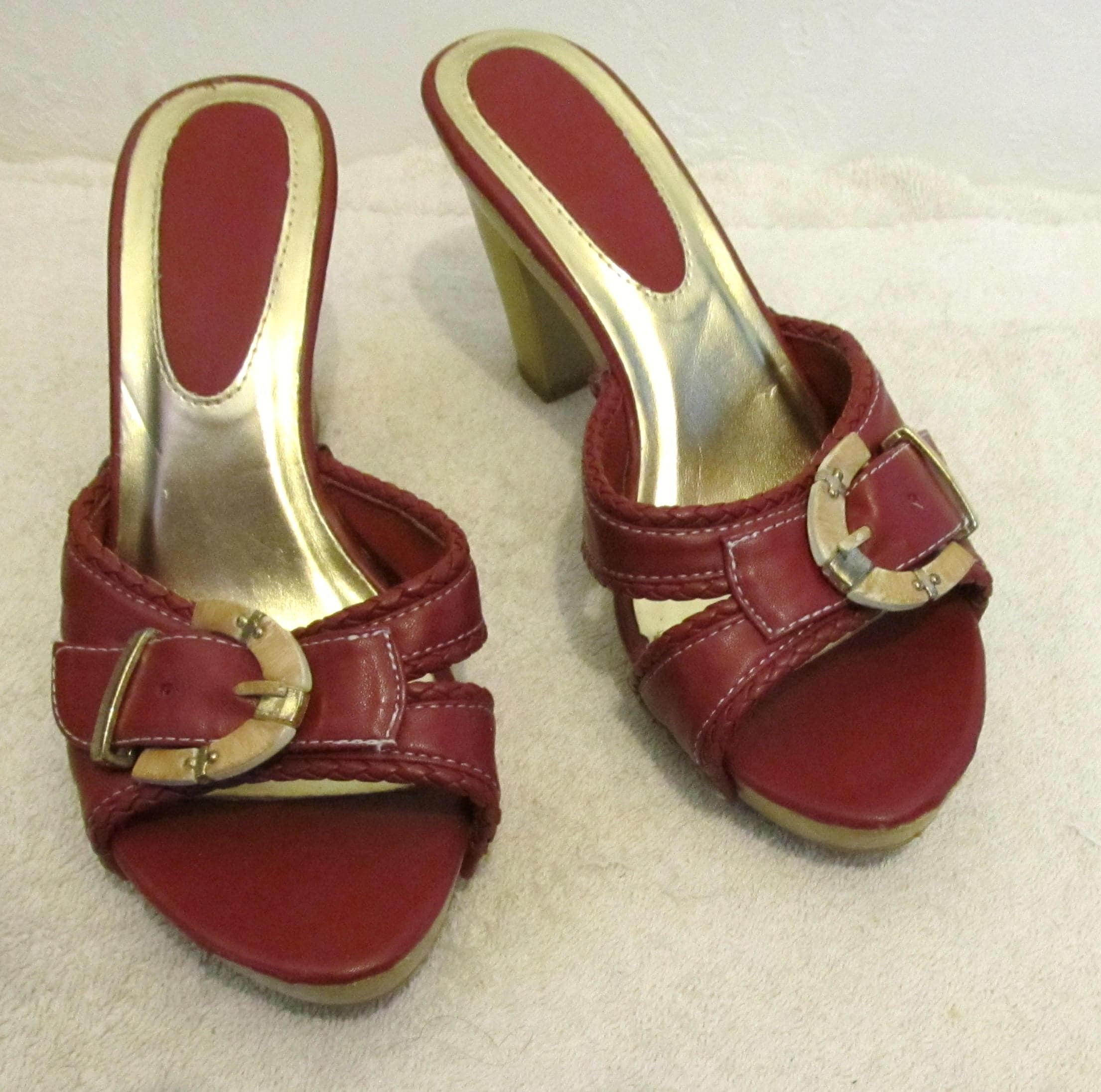 5b764006ee080 Vintage 80's,SEXY Red Hi Heel Buckle MULE Sandals Clogs.6