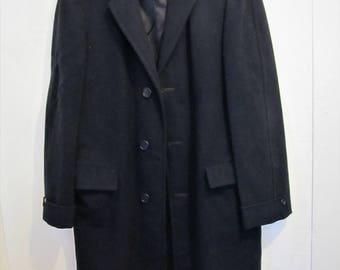 A Men's Vintage 80',Black Heavy-Duty WOOL Overcoat By RICHMOND Bros.40L