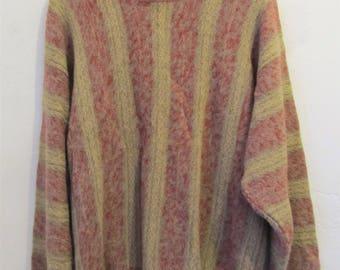 A Men's Neat Vintage 90's,Striped LINEN-Blend Sweater By PRESWICK & MOORE.xl