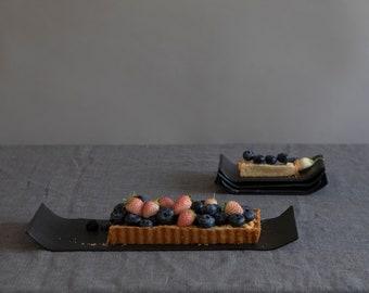Black Minimalist Cake Stand and 4 Cake Serving Plates SET, 5 Pieces Cake Server Set, Cake Dish, Dessert Plates and Platter