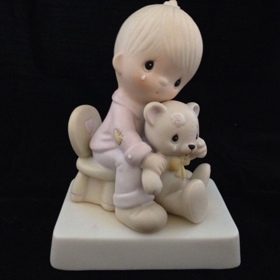 Precious Moments PIN Valentines Vintage HUG ONE ANOTHER Boy Girl Enesco Holiday