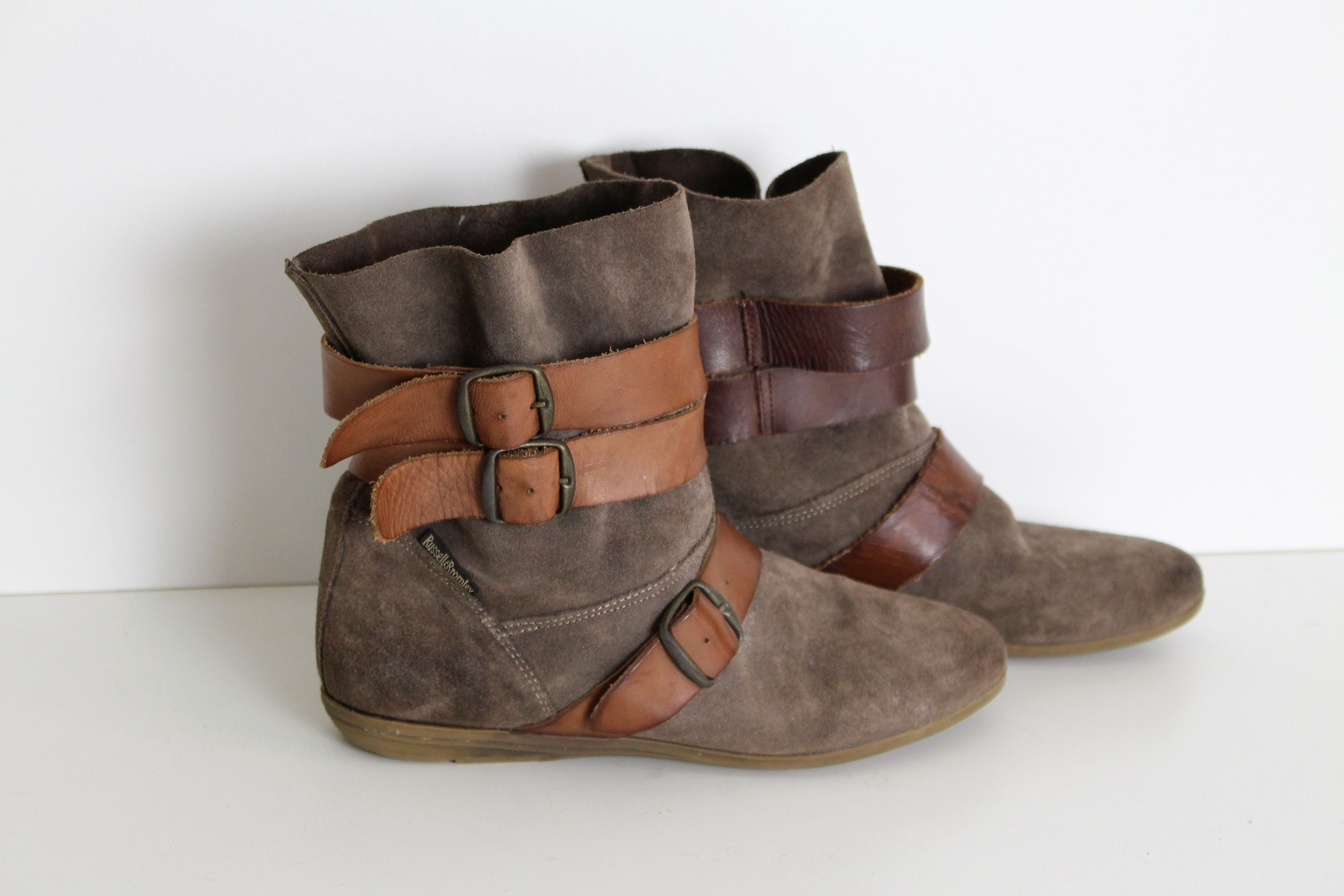 4ff8ec41518 Brown Suede Ankle Boots RUSSELL BROMLEY Criss-cross Strap Boots Womens  Western Brown Flat Suede Festival Boots 38 (Eur) 7 - 7.5 (US )
