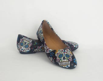 Day of the dead, women shoes, sugar skull pumps, custom skull shoes, Mexican skull shoes, clothing-gift, alternative, bohemian, gift for her