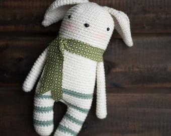 Amigurumi or crocheted Gudule snowman