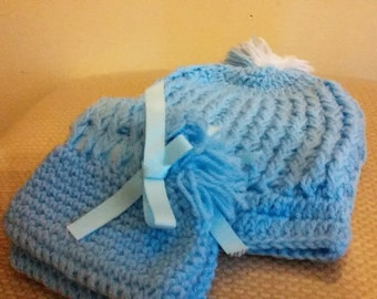 Blue crochet hat and shoes for new born baby