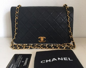 f06ab4b32d17cd Sold out----Chanel chain shouder bag black quilted lambskin flap