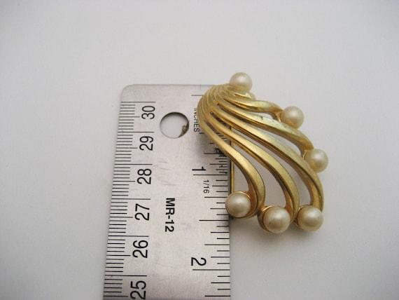 Vintage Pearl Brooch Vintage Faux Pearl Brooch Pe… - image 2
