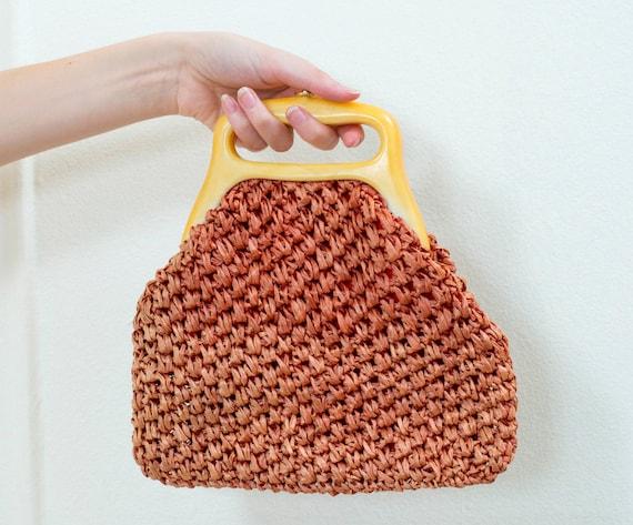 red straw bag | 60s raffia purse | bakelite handle