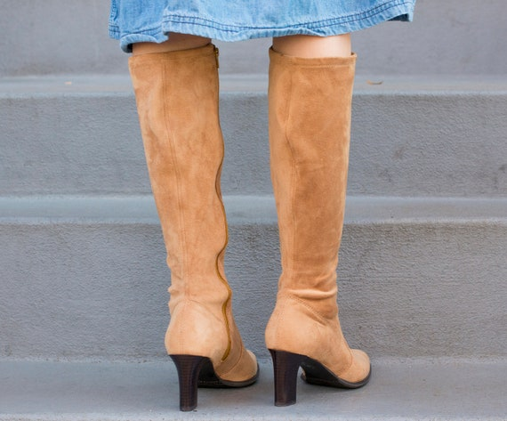 1990s boots knee light boots suede boots suede tan boots high heel brown vintage high gogo stretch suede suede 90s boots 8 light AwSRHqB