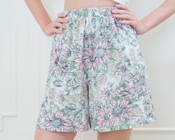 80s multicolor floral shorts small | elastic high