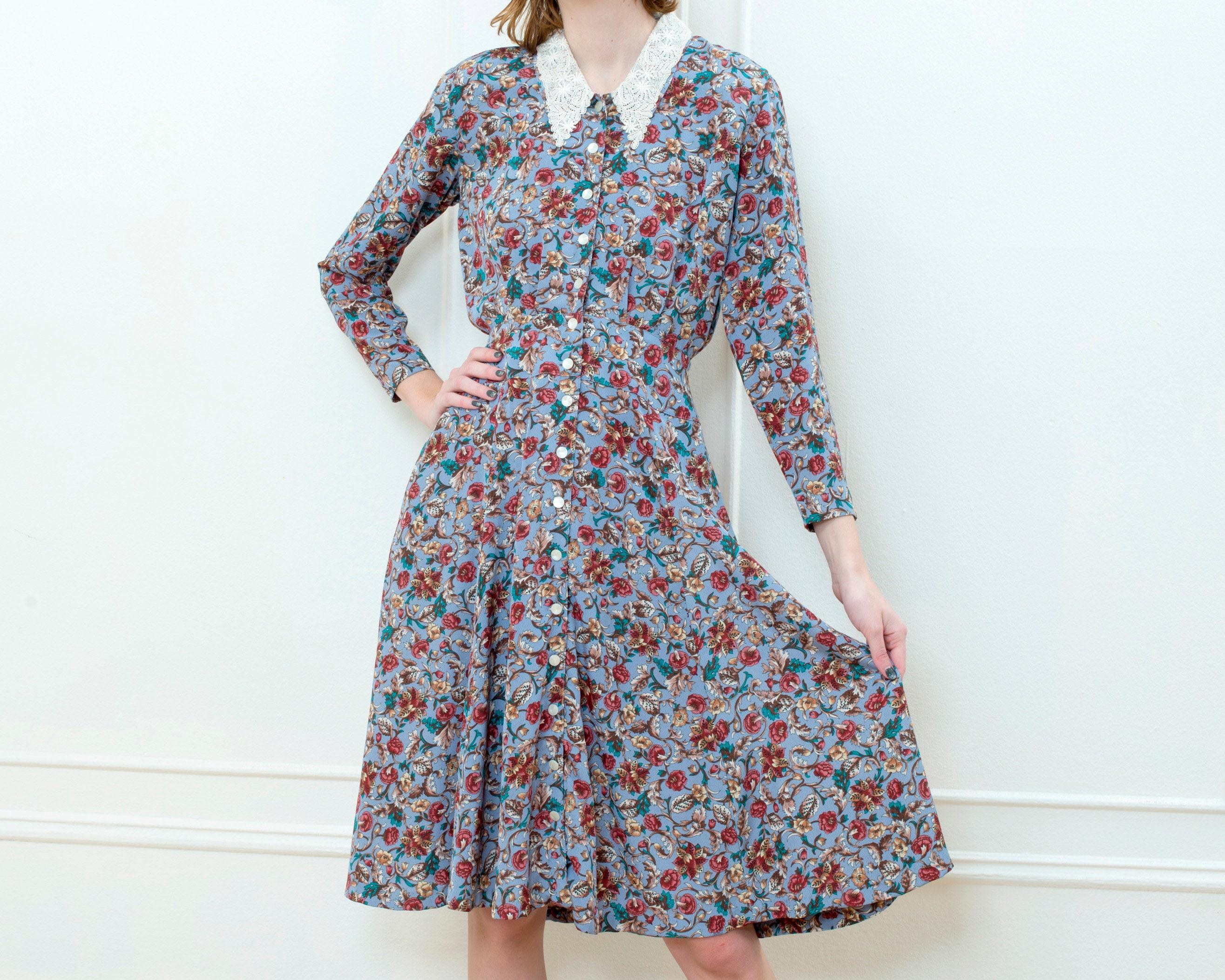 80s Dresses | Casual to Party Dresses 80S Blue Floral Dress  Lace Collar Button Down Midi Liz Claiborne Flower Print $25.00 AT vintagedancer.com