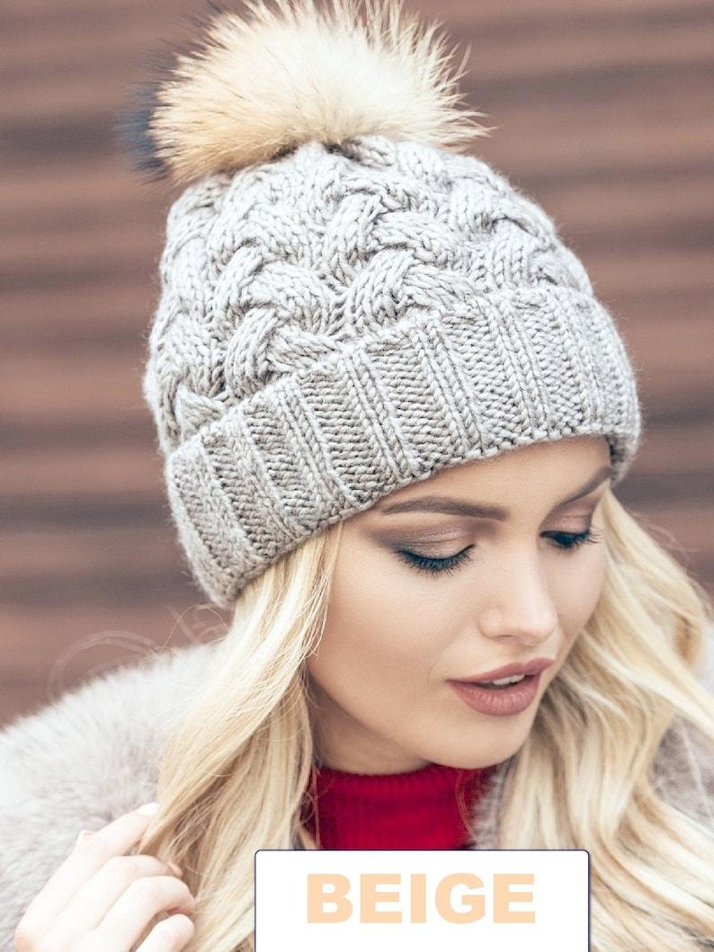 Pompom hat lined with fleece Knit beanie Womens winter hat  f3fcc9f86c3
