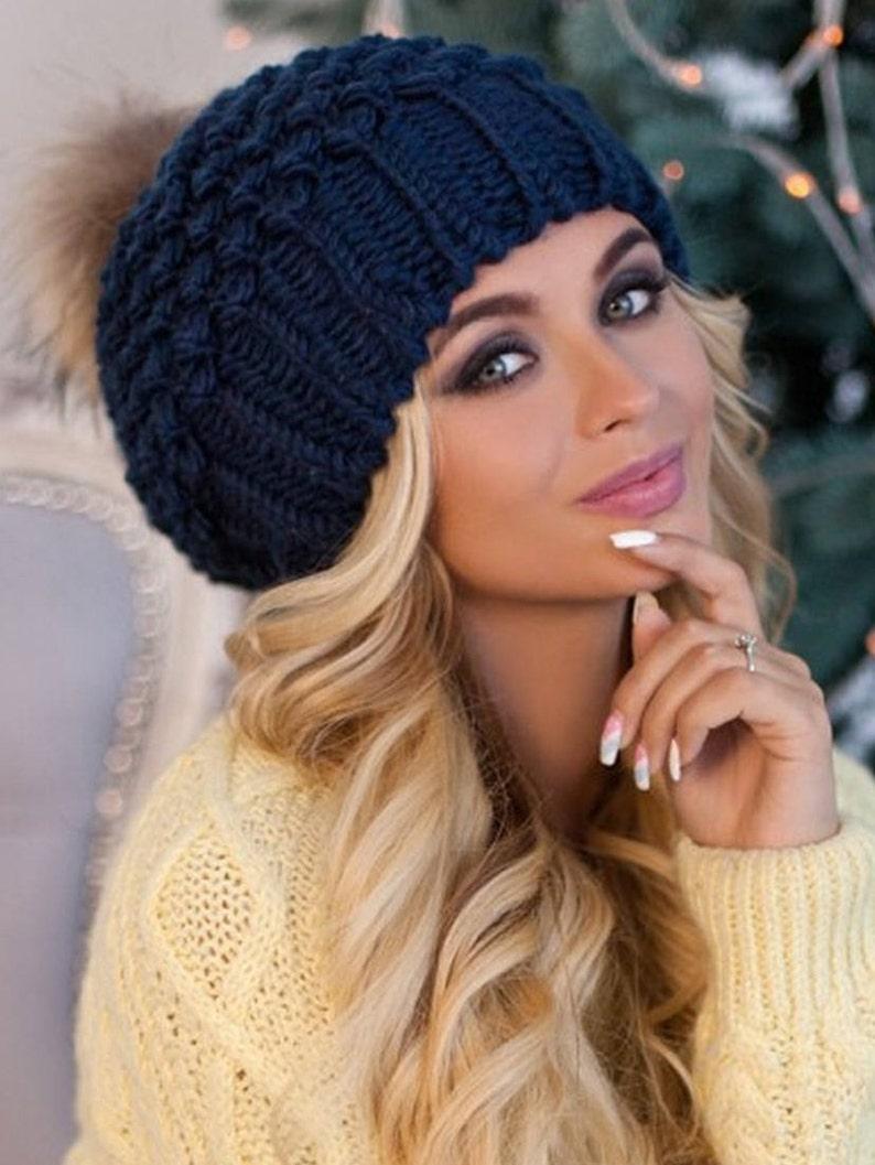 9e7a0f8e4c5 Pom pom hat Beanie women Real fur pom pom hat lined with