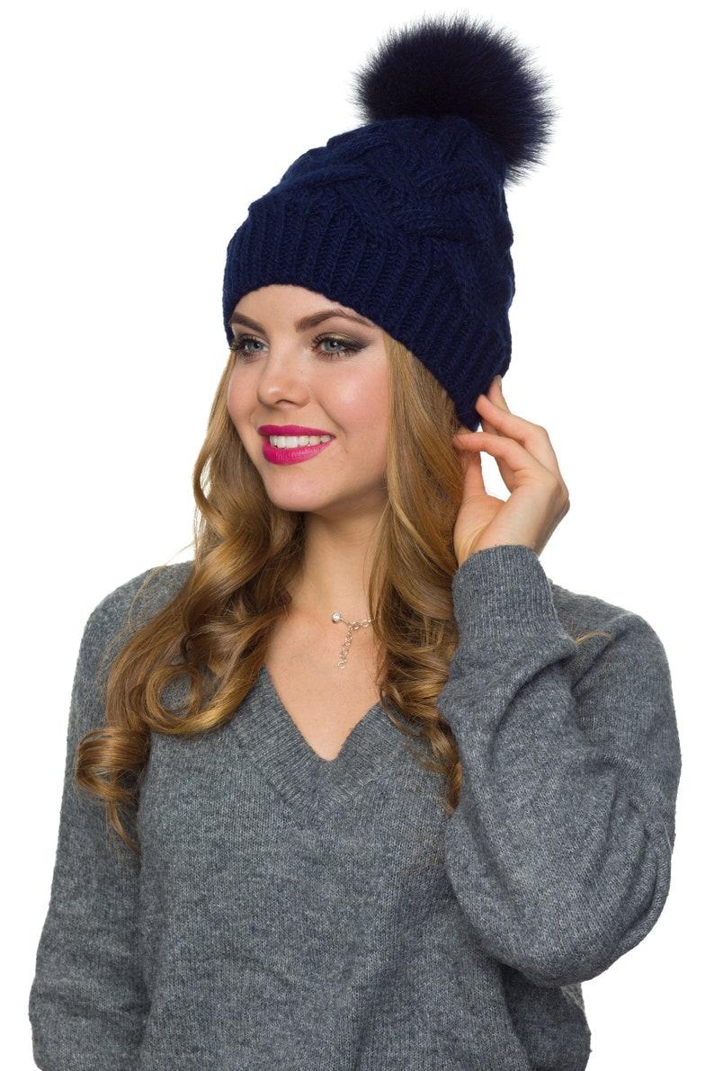 Pompom beanie with fleece inside Womens hat Gray beanie hat Cable knit beanie hat Fur Pom Pom hat Large pompom hat Winter knit beanie hat