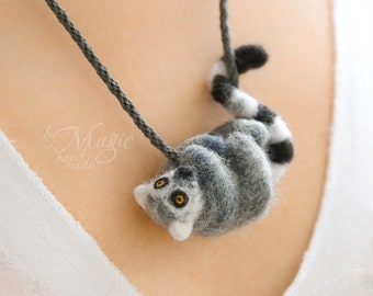 Needle felted lemur necklace, lemur jewelry, animal pendant, lemur gift, lemur necklace, kumihimo, braided necklace, felt lemur