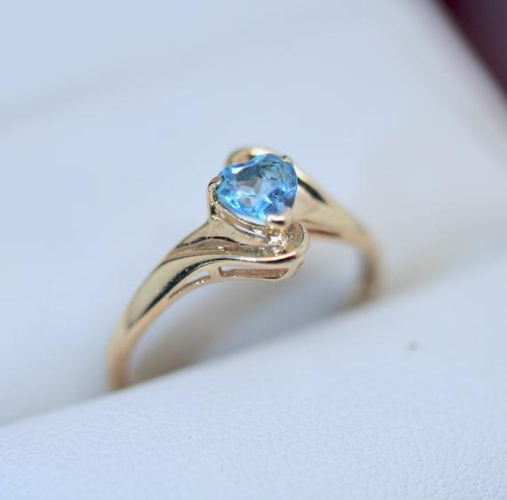 Aquamarine Solid Yellow Gold Ring Antique Jeweller