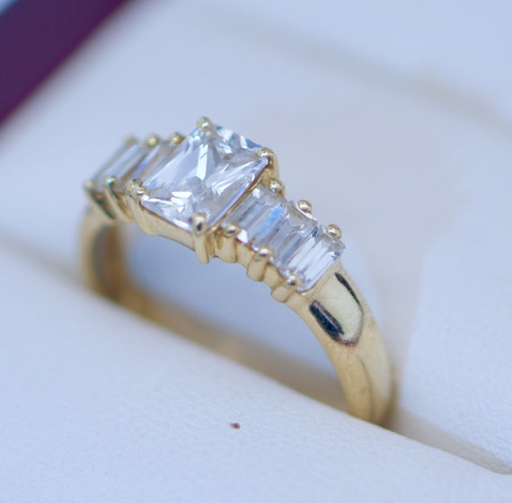10K Solid Yellow Gold Ring Vintage Jewellery Antiq