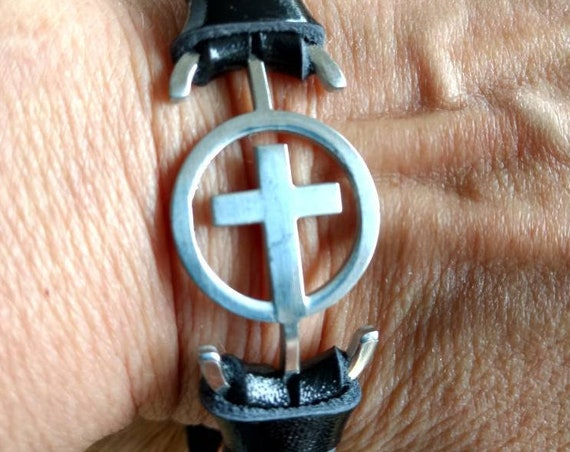 Christian Cross Leather Diffuser Bracelet Stainless Christmas Gift Aromatherapy Essential Oil Young Living Doterra Black Men Women Child