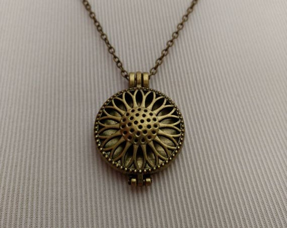 Sunflower Necklace Bronze Diffuser Locket Cork Aromatherapy Essential Oil Birthday Best Friend Christmas Gift Young Living Doterra BSUN001