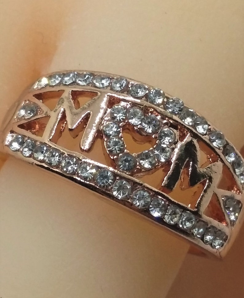 Luxury Exquisite MOM Love Hearts AAAAA CZ Ring in Rose Gold Plated