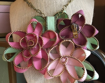 Handmade Vintage Zipper Flower Necklace