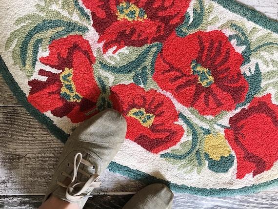 Poppy rug vintage bath mat vintage rug vintage floral rug etsy image 0 mightylinksfo