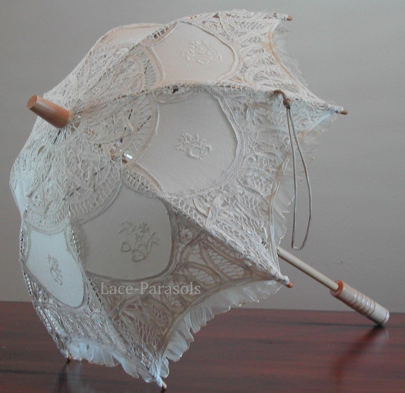SMALL Beige Lace Parasol w/Organza Lace image 0