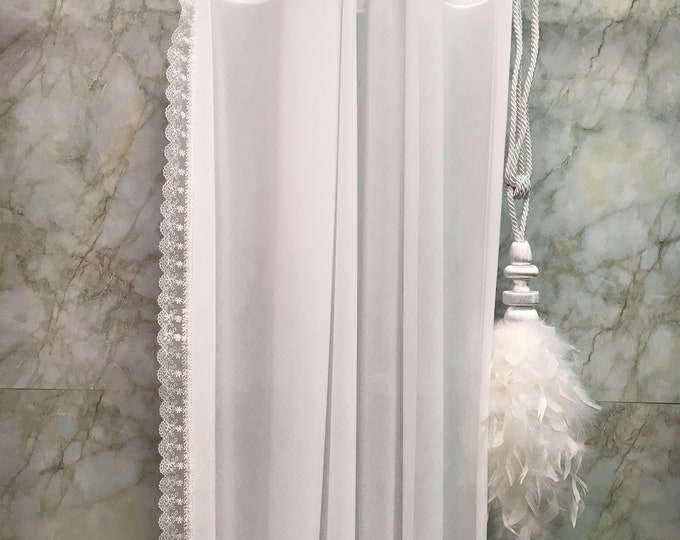 White Lace Edging Trimmed Sheer Curtain
