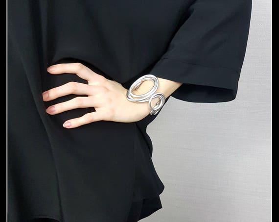 Large Silver Aluminum Bracelet, Modern Bracelet, Contemporary Bracelet, Art to Wear, Band Bracelet, Unique Piece