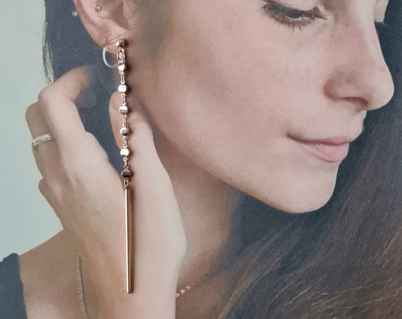 Long pink gold earrings, elegant, extravagant. Geometric with small disc chain and final tube. Lightweight. Unique!