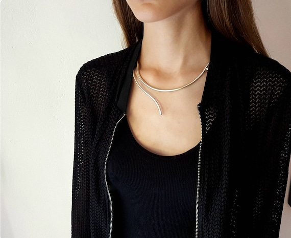 ALUMINUM NECKLACE - MINIMAL #1 - minimal style - minimal jewelry - contemporary jewelry - made in Italy - fashion - linear - design