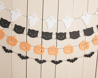 Halloween Paper Garland, Halloween Bunting, Pumpkins, Bats, Ghosts, Black Cats, Halloween Party, Paper Bunting , spooky One Decor