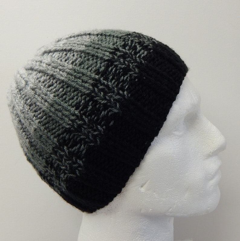 d5452e28015 Hand knitted men hat knit striped beanie warm winter hat