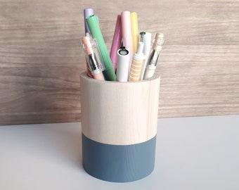 Minimalist wooden pencil holder. Nordic pen cup for desk. Geometric wood pen stand. Dark grey makeup brush organizer
