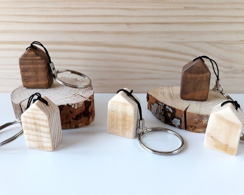 Wooden keychains shaped like a cottage in pine or walnut image 0