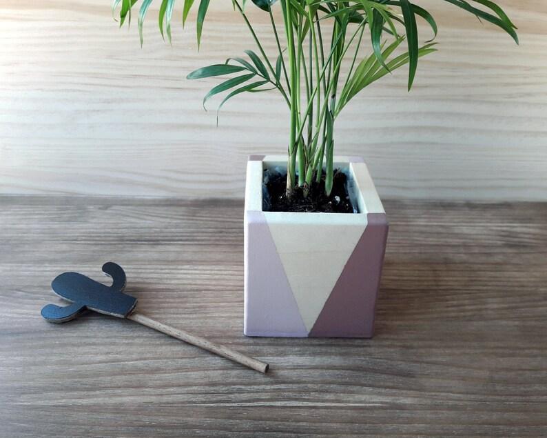 Scandinavian design wooden flowerpot Minimalist design image 0