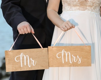 Wedding Chair Signs for the Mr & Mrs | Chair Signs | Wooden Chair Signs | Wedding Chair Signs - Light Brown Wood