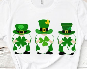 St Patrick's day svg, Three Gnomes Holding Clover svg, Tomte, Nisse St Pattys day svg, Saint Paddys shirt design, Irish svg, eps dxf clipart