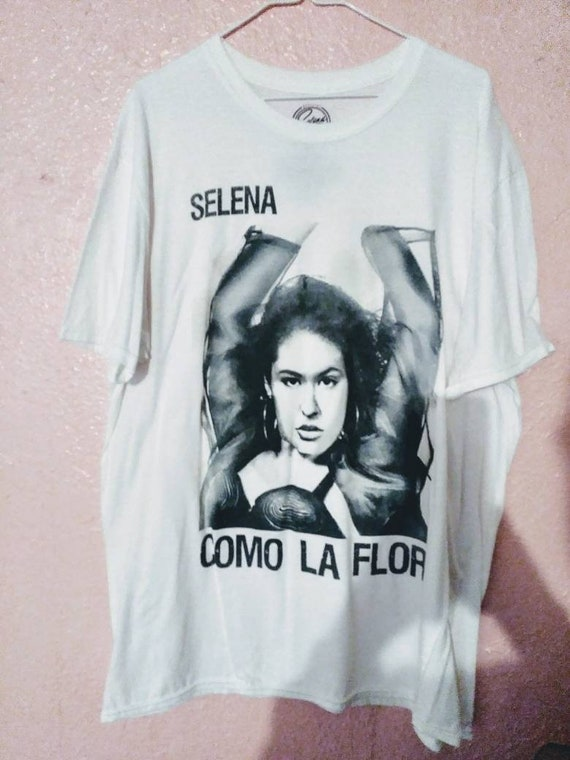 0ce098b44430d Selena T shirt Como La Flor Black   White print T-shirt