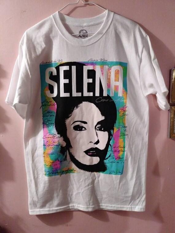 New Selena Black White Photo Vintage Retro Mens T-Shirt