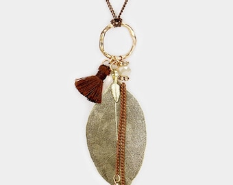 Natural Dipped Filigree Leaf Tiny Tassel  Charm Long Necklace - Gold/Brown