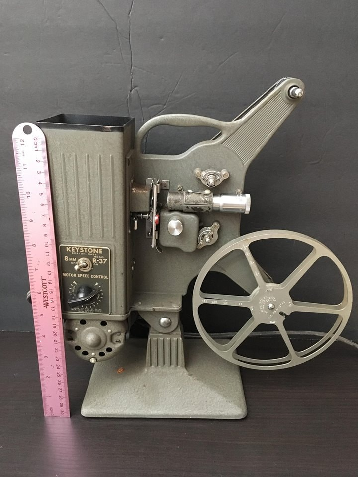 Vintage Keystone 8mm Projector Model R-37