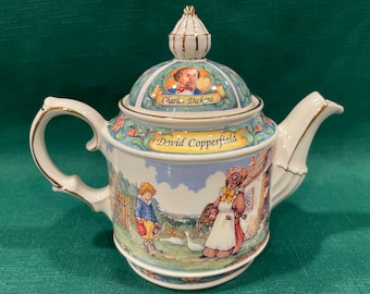 David Copperfield Sadler 1970s Collectible Teapot Made in England Charles Dickens Collection
