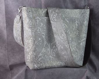 NEW 1312 White/Metallic Paisley embossed leather and all leather lined inside/ Concealed carry regular purse/crossbody strap