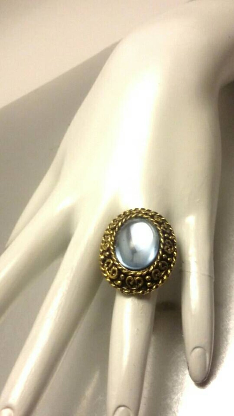 Vintage Blue Cabochon Gold Scroll Adjustable Band Ring