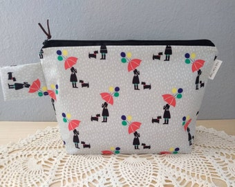 Modern Day Mary Poppins Knitting Project Bag! Zippered Box Bottom Medium 2 Skein Size Bag!