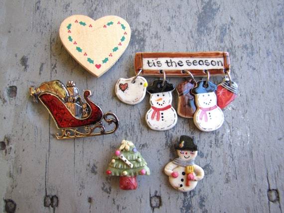 Christmas Brooches And Pins.Christmas Brooches Christmas Pins Ugly Sweater Pins Ugly Sweater Jewelry Ugly Xmas Sweater Pins Sleigh Brooch Xmas Jewelry Xmas Pins