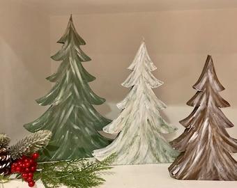 Set of 3 wood Christmas tree shelf sitters