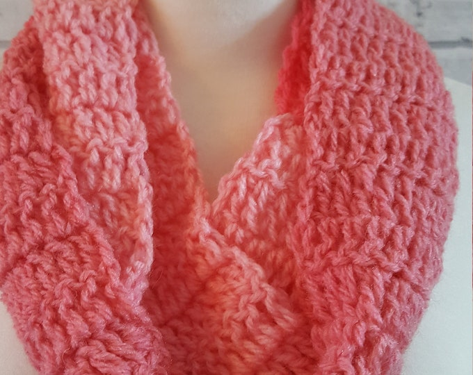 Crochet infinity scarf, pink crochet scarf, long scarf, circular scarf, looped scarf, wrap-around scarf, warm scarf, cosy scarf, scarf gift