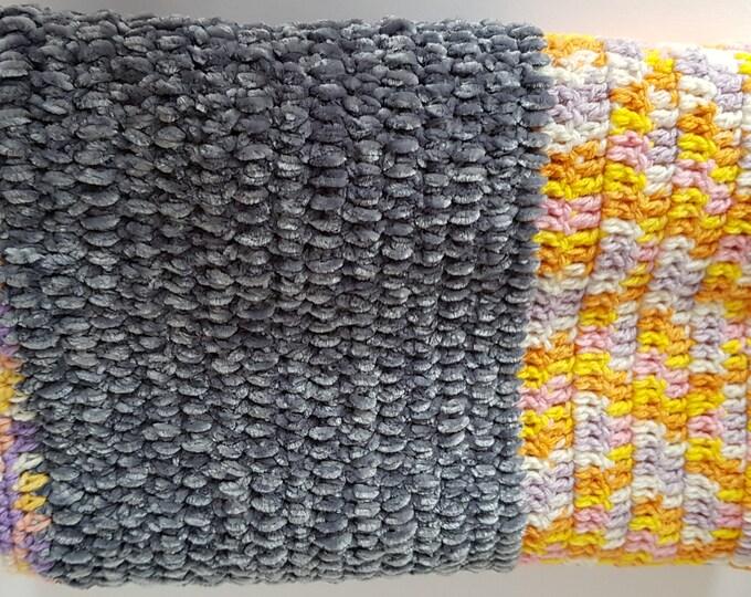 Lap blanket, cosy blanket, wrap, knee wrap